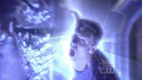 SMALLVILLE 8x22 DOOMSDAY