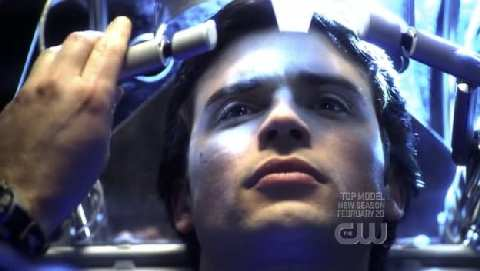 SMALLVILLE 7x12 FRACTURE