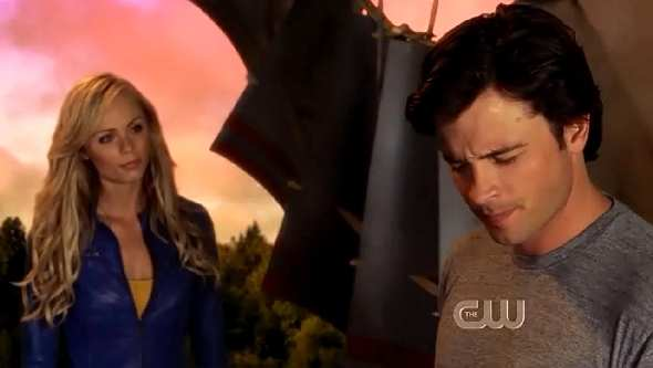 SMALLVILLE 10X3 SUPERGIRL